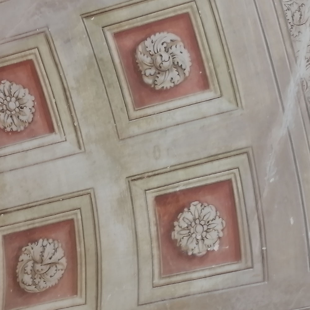 Affreschi liberty soffitto teatro ottocentesco